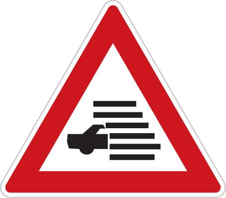 Dopravní značka A26